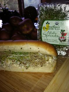 Hot Dog Buns, Hot Dogs, Alfalfa Sprouts, Cheesesteak, I Foods, Thanksgiving Holiday, Christmas, Organic, Ethnic Recipes