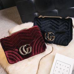 Women Handbag Cg Luxury Designer Velvet Waves Flap Bag Chain Cross-Body Bags Hq