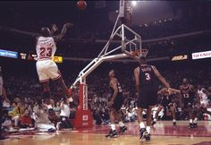 MJ's perfect shooting movement.