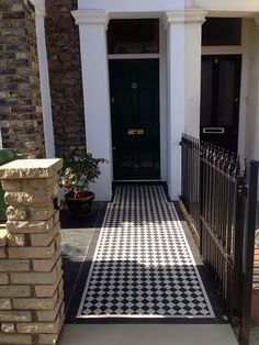 London Front Garden Company  Contact anewgarden for more information
