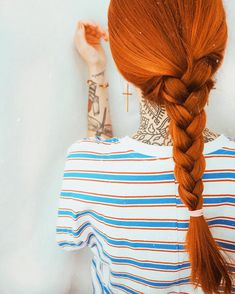 #viorosie#vintage#arcticfoxhaircolor#fashionblogger#longhair#redhair#ginger#daily#look#tattoo#fashionblogger_de#vsco#dailyinspiration#gingerhair#copperhair#girlswithredhair#ootd#braid#inspiration#fashioninspo#fashiondiary#hairgoals#stylediary#styleblogger#lookoftheday#hairsandstyles