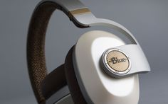 Blue goes wireless but keeps the built-in amp with its new Satellite headphones.