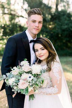 Click pin to see more Orange Blossom Bride | Orlando Wedding Blog #orlandowedding #dustybluewedding #dustyblue Wedding Blog, Wedding Planner, Wedding Day, Lakeside Wedding, Dusty Blue Weddings, Wedding Flowers, Wedding Dresses, Orlando Wedding, Bride Look