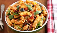 Do you think you are a real pasta lover or an expert of Italian pasta dishes? Pasta Sauce Recipes, Pasta Sauces, Pasta Puttanesca, Italian Pasta Dishes, Top Recipes, Bread Recipes, Appetizer Recipes, Appetizers, Soup And Salad