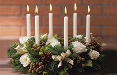 Creative and Cheerful 2011 Christmas Table Decorating Ideas