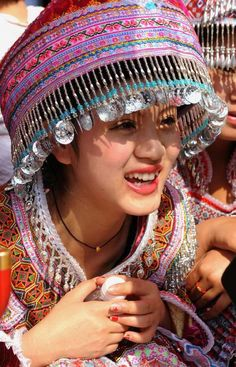 guangnan men Guangnan's best 100% free lesbian dating site connect with other single lesbians in guangnan with mingle2's free guangnan lesbian personal ads place your own free ad and view hundreds of other online personals to meet available lesbians in guangnan looking for friends, lovers, and girlfriends.