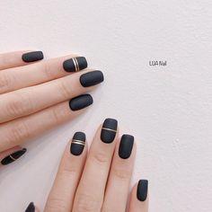 Black Nail Designs, Short Nail Designs, Simple Nail Designs, Acrylic Nail Designs, Black Gel Nails, Hot Nails, Acrylic Nail Shapes, Acrylic Nails, Gelish Nails