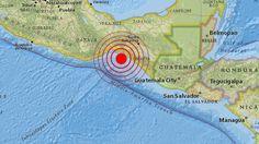 Alerta de tsunami en ocho países de América Latina tras sufrir México un fuerte sismo