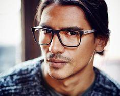 lunette hipster, grosse lunette de vue, homme avec monture en métal noir et  gris c38083fc2be4