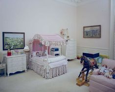 Caroline Kennedy's bedroom, 9 May Photograph by Robert Knudsen, White House Photographs White House Rooms, Red Rooms, Woman Bedroom, Girls Bedroom, Caroline Kennedy, Sweet Caroline, Historic Homes, Play Houses, Toddler Bed