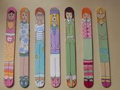 a dolls on a stick Ice Cream Stick Craft, Popsicle Stick Art, Popsicle Stick Crafts, Craft Stick Crafts, Crafts To Make, Wood Crafts, Craft Club, Tape Crafts, Art N Craft