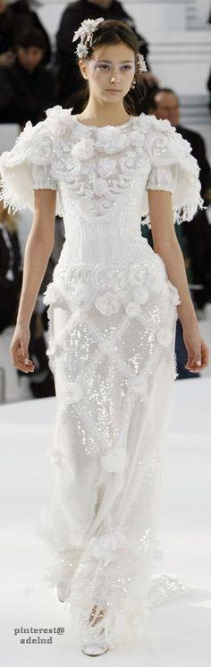 Chanel Spring 2006 Couture v @emmaruthXOXO #J'ADORECHANEL