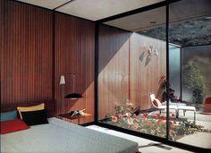 Rose Garden | Mid-Century Modern | Contemporary Architecture | Courtyard Atrium | Landscaping Ideas