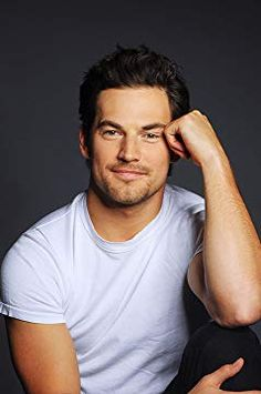 'Grey's Anatomy' star Giacomo Gianniotti on whether DeLuca will win Meredith's heart Grey's Anatomy, Greys Anatomy Men, Greys Anatomy Brasil, Greys Anatomy Characters, Mark Sloan, Italian Men, Attractive Men, Hot Actors, Ex Husbands