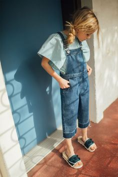Image 2 of CAPE TOP / DENIM DUNGAREE CULOTTES / FLORAL SLIDES from Zara