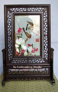 Birds, double-sided embroidery work, one embroidery two identical sides, Chinese Suzhou silk embroidery art, Su Embroidery Studio