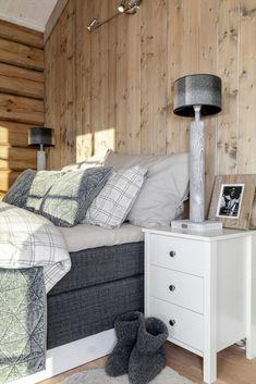 HOFTUN HYTTEFELT/NYSTØLFJELLET - BUD MOTTATT! Nyoppført tømmerhytte på tomt med fantastisk utsikt! Høy kvalitet på materialer og håndverk. | FINN.no