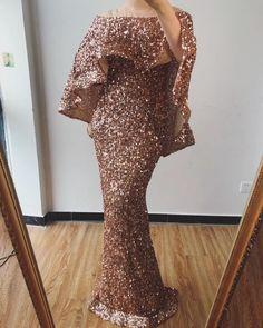 Luxury New design Arabic glitter Evening Gowns(Rose Gold/Gold) - Nirvanafourteen Wedding Dresses With Straps, Pink Prom Dresses, Mermaid Prom Dresses, Light Up Dresses, Elegant Dresses, Designer Evening Gowns, Evening Dresses, Gold Sparkly Dress, Spaghetti Strap Wedding Dress