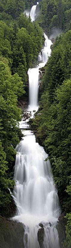 Giessbachfälle at #LakeBrienz near Bern, #Switzerland༺♥༻神*ŦƶȠ*神༺♥༻