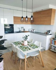 Other setup: kitchen corner with dining area. Plus large dining room? - Other setup: kitchen corner with dining area. Plus large dining room? Home Decor Kitchen, Kitchen Interior, New Kitchen, Home Kitchens, Kitchen White, Kitchen Wood, Kitchen Cabinets, Skandi Kitchen, Interior Livingroom