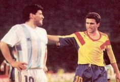 hagi Football Icon, Football Players, Diego Armando, Sports Personality, Best Player, Tank Man, In This Moment, Youtube, Mens Tops