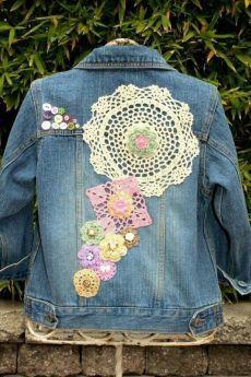 New embroidery jeans jacket etsy 60 Ideas Jeans Recycling, Denim Ideas, Denim Crafts, Denim And Lace, Recycled Denim, Denim Fashion, Diy Clothes, Denim Jackets, Jean Jackets