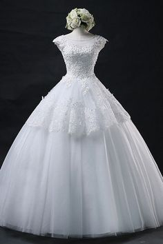 Wedding Dress Ball Gown, Wedding Dress With Appliques, Lace Wedding Dress, Cheap Wedding Dress Wedding Dresses 2018 Wedding Dresses 2018, Wedding Dresses Plus Size, Tulle Wedding, White Wedding Dresses, Cheap Wedding Dress, Homecoming Dresses, Bridesmaid Dresses, Gown Wedding, Bridal Dresses