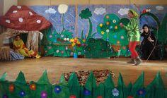 Bateria a ras de suelo en teatro infantil