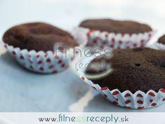 Ľahučké muffiny s banánovými kúskami