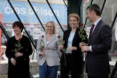 Una foto bonita del Flickr de Jutta Urpilainen [http://www.flickr.com/photos/juttaurpilainen/] : los líderes socialdemócratas escandinavos hace un par de años [de izquierda a derecha], la ex de los socialistas suecos, Mona Sahlin; Jutta Urpilainen, actual viceprimera ministra ['Varapääministeri'] finesa; la PM danesa Helle Thorning-Schmidt [aquí se llama ministra de Estado, 'statsminister'] y el PM [también 'statsminister'] noruego Jens Stoltenberg #quieroserescandinavo #politiquerio