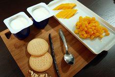Taça de baunilha com manga. Veja: http://casadevalentina.com.br/blog/detalhes/taca-de-baunilha-com-manga-3212 #receita #recipes #casadevalentina