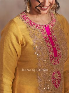 Hand Embroidery Dress, Kurti Embroidery Design, Embroidery Fashion, Fancy Dress Design, Stylish Dress Designs, Designs For Dresses, Party Wear Indian Dresses, Pakistani Fashion Party Wear, Indian Fashion