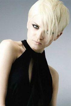 Short blonde layered hairstyle