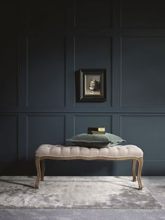 Spruce up your home's walls with the top 60 best wainscoting ideas. Explore unique millwork wall coverings and paneling interior designs. Rustic Wainscoting, Wainscoting Bedroom, Wainscoting Styles, Painted Wainscoting, Wainscoting Height, Wainscoting Kitchen, Wainscoting Panels, Black Wainscoting, Painted Wall Paneling