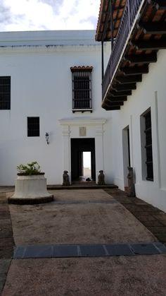 Puerto Rico, Stairs, Home Decor, San Juan, Ladders, Homemade Home Decor, Stairway, Puerto Ricans, Staircases