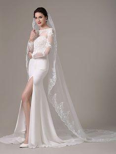 8ae3770f679d 9 fantastiche immagini su veli sposa