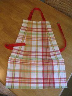 DIY- 2 napkins into a fabulous apron