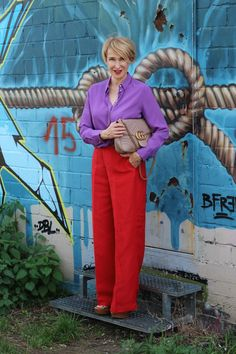 glamupyourlifestyle color-blocking leinenhose ü-40-blog ü-50-blog ue-40-blog ue-50-blog ü-40-mode Ugg Australia, Chic Outfits, Fashion Outfits, Inspiration Mode, Gucci Fashion, Slit Dress, Try On, Colored Blazer, Hypebeast