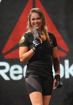 Ronda Rousey attends the Launch Of The Reebok UFC Fight Kit at Skylight Modern on June 2015 in New York City. (Photo by Brad Barket/Getty Images for Reebok) Ronda Rousey Pics, Ronda Jean Rousey, Wrestling Superstars, Wrestling Divas, Fitness Workouts, Rhonda Rousy, Divas Wwe, Rowdy Ronda, Catch