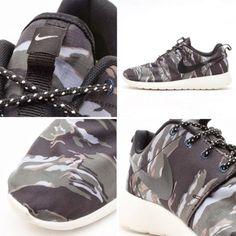 Nike Roshe Run Grey Camo