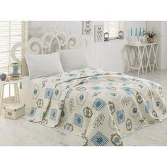 Vylaďte svou ložnici k obrazu svému!   Stačí na postel pohodit přehoz, načančat polštářky a krásně usltat peřinu a uvidíte, jak se celá místnost změní na snové prostředí!