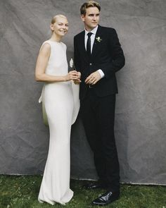 sleek modern wedding look | karen kaiser wedding | image via: vogue