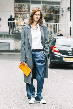 11 Styling Tricks for Wearing Black and Navy Together