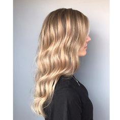 Babylighits med lysere front👩🏼 Farge og styling er utført av Amanda😊 Resept. Lysnet med silklift 9% Korrigering etterv: Elumen 20 NA8 10… Breeze, Long Hair Styles, Color, Beauty, Instagram, Colour, Beleza, Long Hair Hairdos, Cosmetology