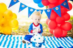 Lucca 1st - happy birthday - smash the cake