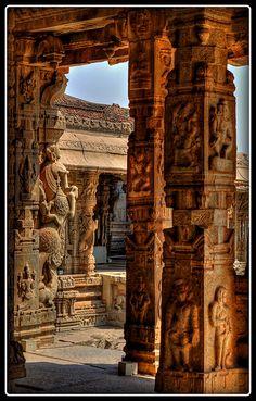 ॐ Vittala HinduTemple Pillars, Hampi - Home to the ancient Empire of Vijanagara,  India 卐