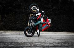 Wheelie Wednesday | Julien Welsch RazerBack with the Clock Strikes 12.