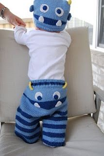 Knitted toddler striped monster pants and hat. Baby Hats Knitting, Knitting For Kids, Baby Knitting Patterns, Crochet For Kids, Baby Patterns, Knitting Projects, Knitted Hats, Crochet Baby Pants, Crochet Clothes