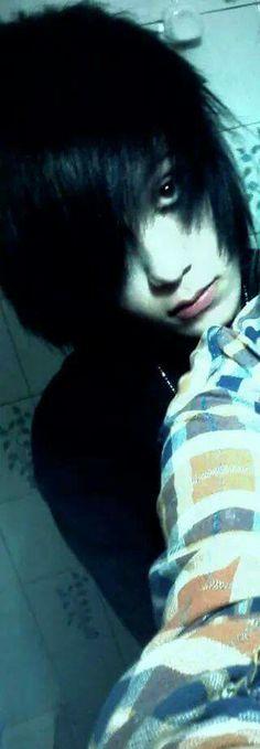 Haha, I love my hair on this one ^~^~~ Mechlin Rómeó
