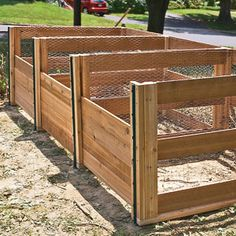 Efficient wooden compost bin